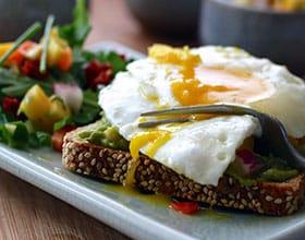 כיצד לשלב ביצים בתזונה שלכם