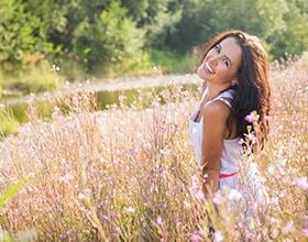 איך נוגדי חימצון עוזרים למראה עור בריא וזוהר