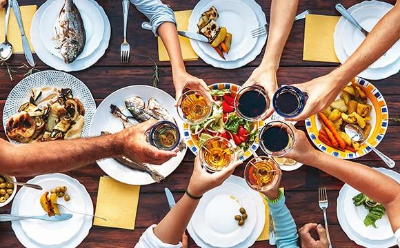 איך לשמור על המשקל בתקופת החגים