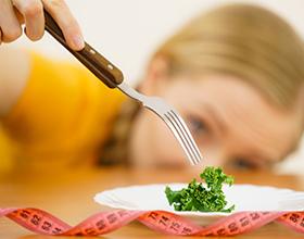 למה לא כדאי לכם לצום אחרי שאכלתם יותר מדי?