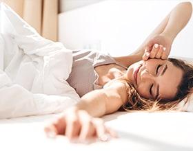 הקשר בין שינה להשמנה. מה עושים?