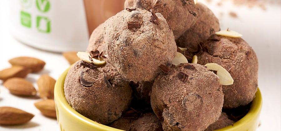 חטיפי חלבון שוקולד שקדים