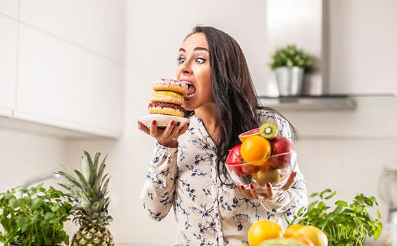 הסיבות האמיתיות והמפתיעות: למה אנחנו כל זמן רעבים?