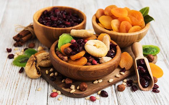 המדריך לטו בשבט בריא – כל מה שאתם צריכים לדעת על פירות יבשים